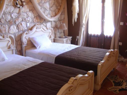 Lefkada villa due camere con giardino piscina e vasca - Idromassaggio in camera da letto bari ...