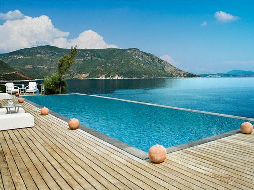 Lefkada villa cinque camere con piscina spiaggia privata e for 5 camere da letto e 4 bagni