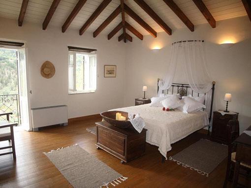 Camere Da Letto Tradizionali : Lefkada villa tradizionale tre camere con idromassaggio